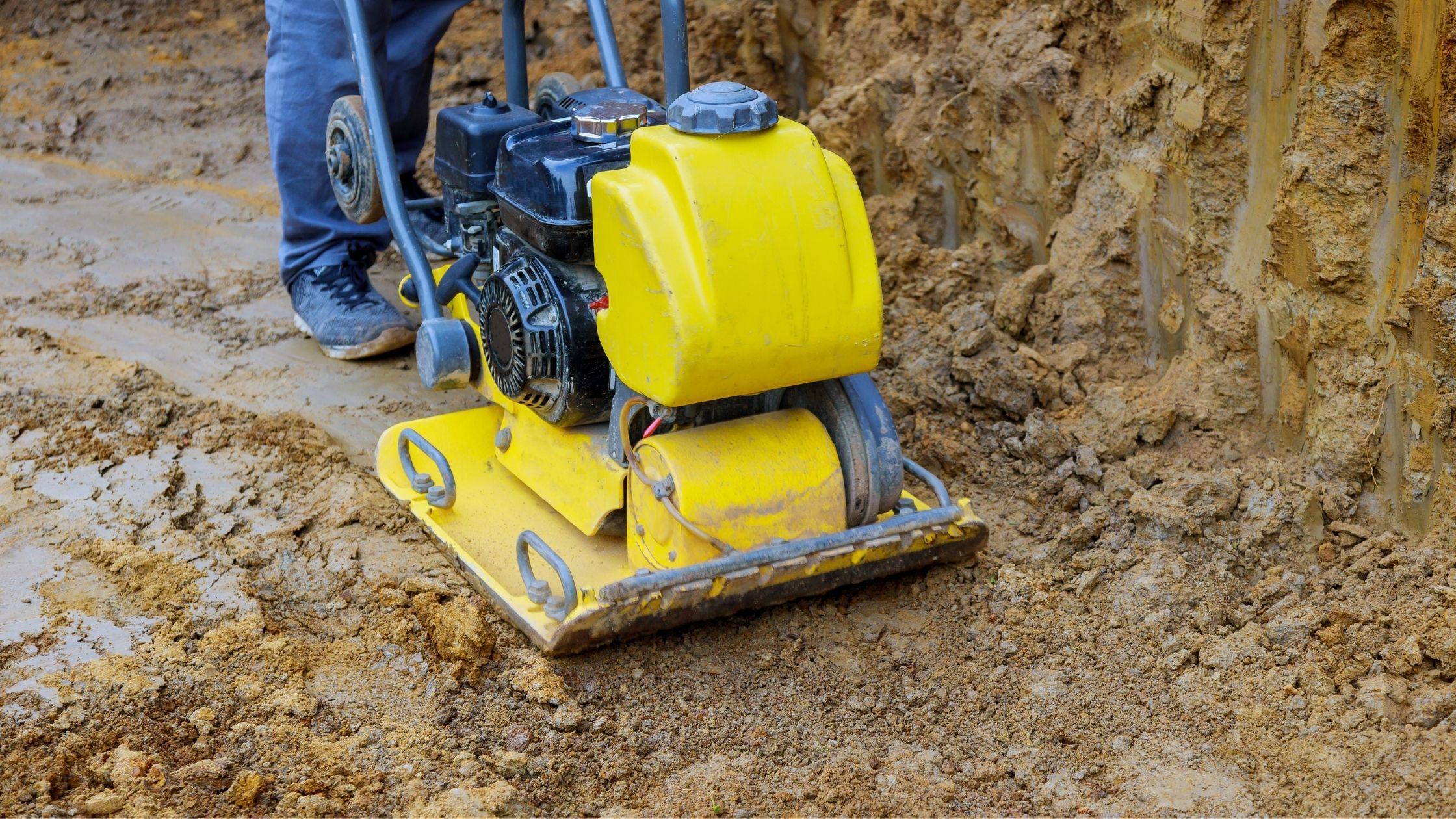 Tamper Plate on Clay Soil